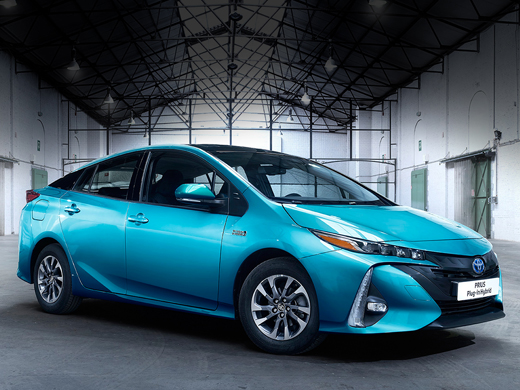toyota prius rechargeable p rigueux bergerac v lines. Black Bedroom Furniture Sets. Home Design Ideas